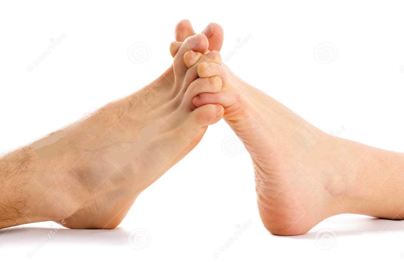 toes interlocked